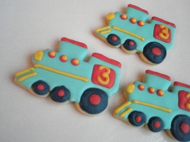 Drew's 3rd birthday...Chuggington/train theme