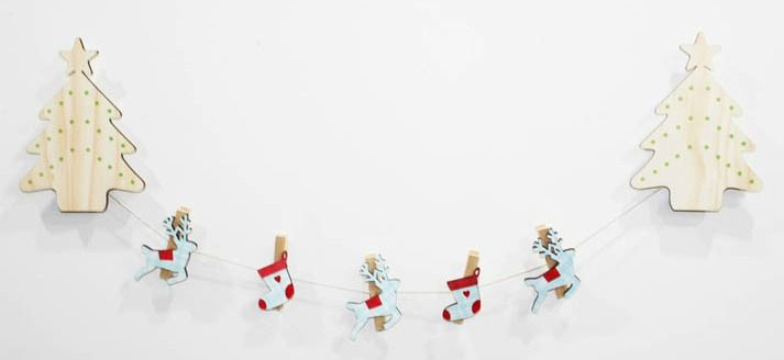 Our Christmas wall art pegs are the perfect way to display your child's masterpieces, favourite photos, notes etc  NZ$29.00 from Squoodles http://squoodles.co.nz/products/kids-wall-art-pegs/
