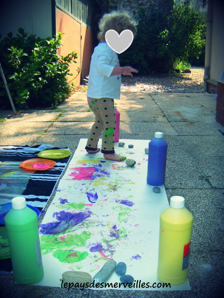 Peindre une fresque avec les pieds nos activit s le for Peindre une baignoire avec resinence