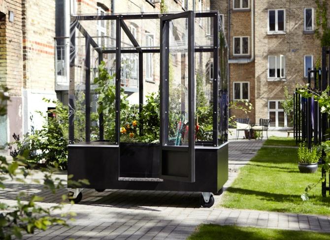 Urban Greenhouse. Homegrown Anywhere. From Aarhus, Denmark. #urbanlife #urbanliving #greenhouse #citylife #allgoodthings #danishdesign spotted by @missdesignsays