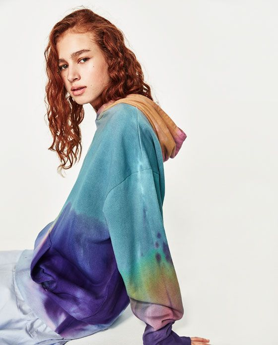 Image 5 of TIE-DYE SWEATSHIRT from Zara