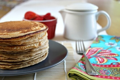 HOW TO FREEZE PANCAKES FOR A FAST BREAKFAST ON-THE-GO