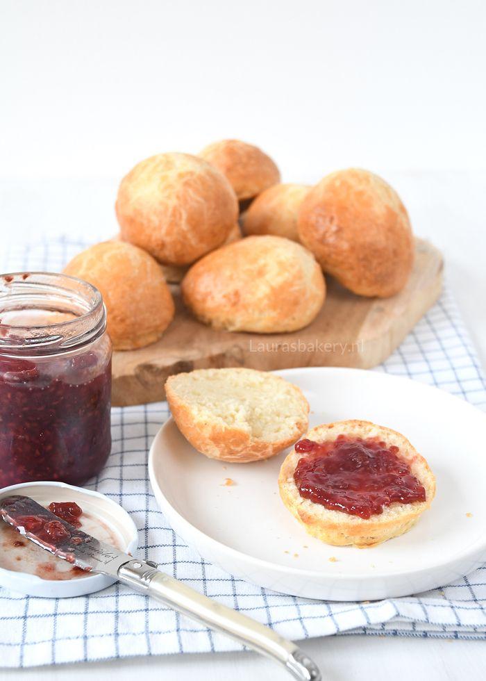 Kwarkbroodjes - Laura's Bakery