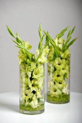 FLORAL | Bloomer's Simple Glads - coolest Gladiolus arrangement I've ever seen.