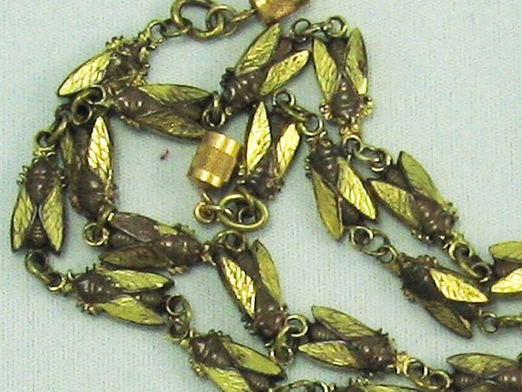 VICTORIAN Egyptian Revival Antique Gold Tone CICADA BUG Link Necklace ~RARE!!!