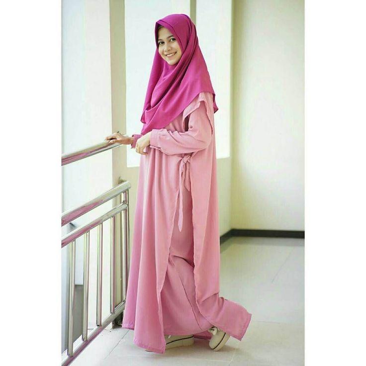 Temukan beragam model pakaian muslimah di @dwibcc spesial buat muslimah masa kini dengan Desain SIMPEL NYAMAN dan KECE Follow & order @dwibcc sekarang jugaa  yah http://ift.tt/2f12zSN