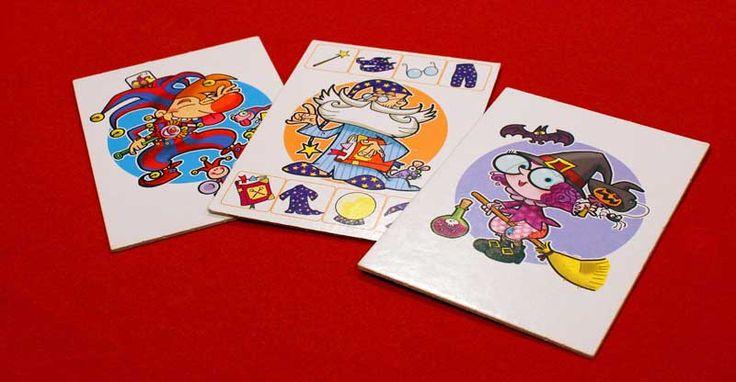 """GRANDI EROI IN PIGIAMA http://www.giocagiomassa.it/grandi-eroi-in-pigiama/  """"Grandi Eroi in Pigiama"""" è un gioco che divertirà tutta la famiglia. Possono giocare da 2 a 6 eroi, se hanno almeno 3 anni di età. I piccoli potranno imparare che qualche volta si può anche non vincere, o che il """"drago"""" di turno può soffiar via un pezzetto… Ma rimarrà la piacevole soddisfazione quando riusciranno a vestire il proprio eroe!"""