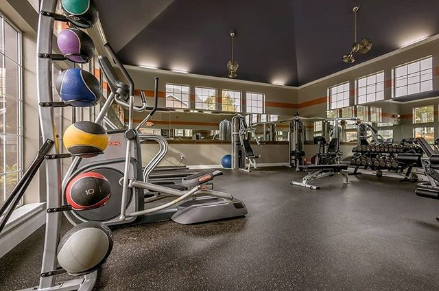 Rubber Flooring For Commercial Gyms Gorgeous Flooring Rubber Flooring Apartment Management