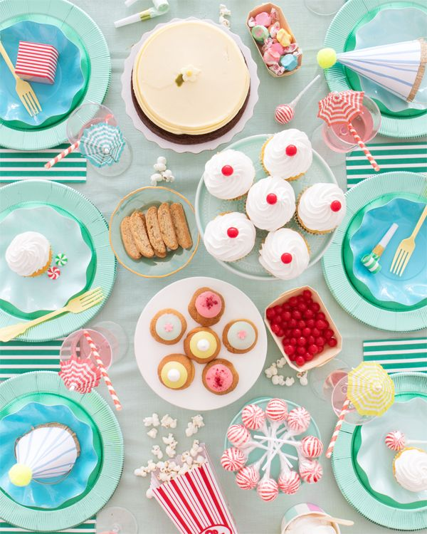 How to Throw a Stripes Party   Oh Happy Day!