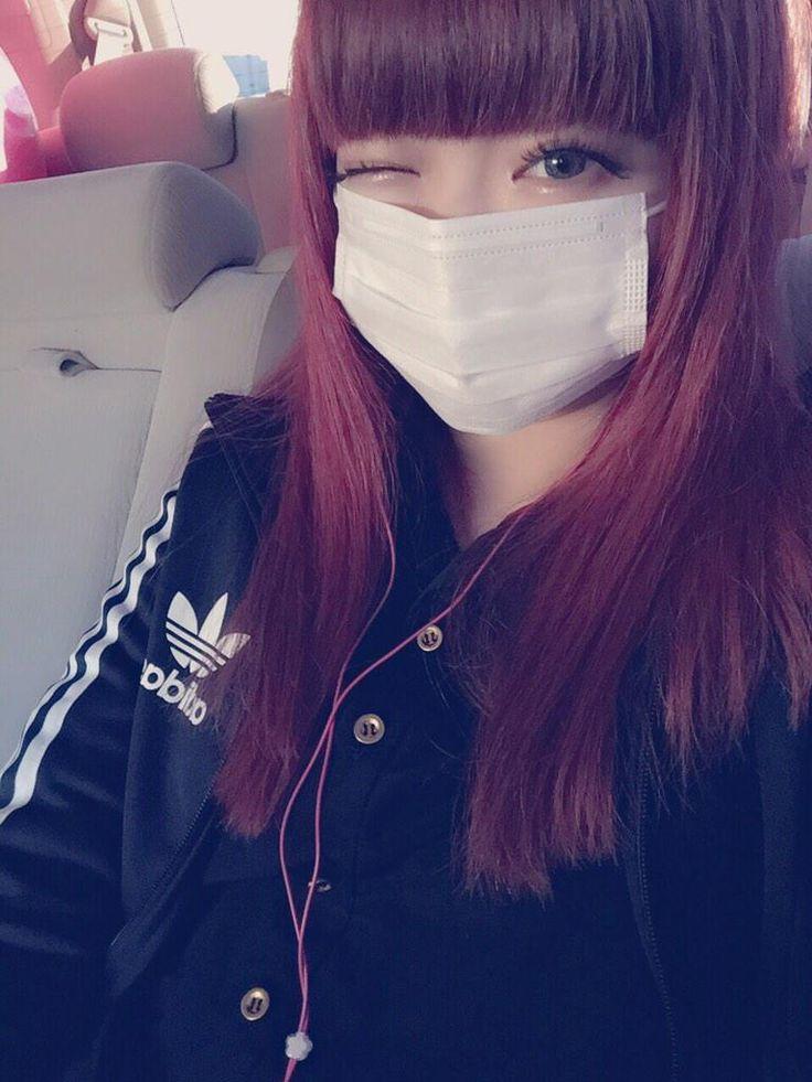 Kyary Pamyu Pamyu / きゃりーぱみゅぱみゅ - winking with face mask