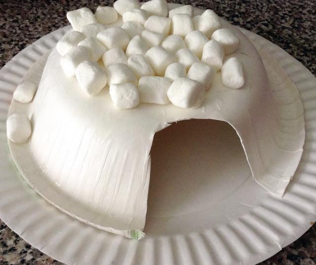 Marshmallow Igloo - Easy rainy day craft...