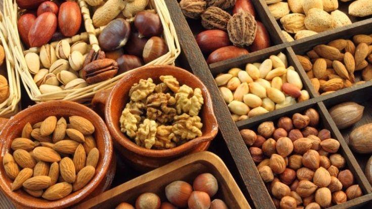 Agar Kulit Sehat Cerah Alami : Kacang-kacangan