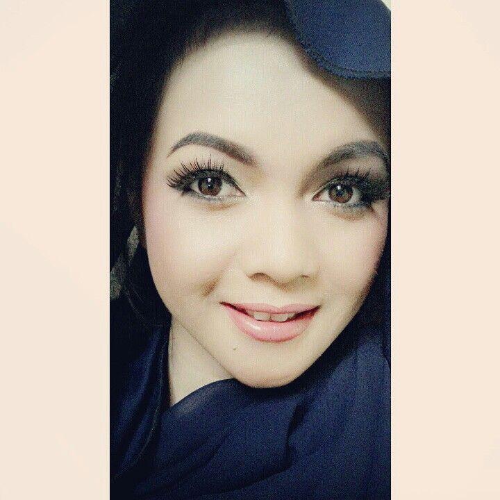 hobi hobian makeup di hari libur :*