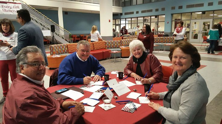 GIVING TUESDAY 2016 VOLUNTEERS at thank you table. Take your break with us between 8 a.m. and 5 p.m., we are in Corbett Center, Aggie Lounge.  (NMSU photo by S B Portillo) #givingtuesday