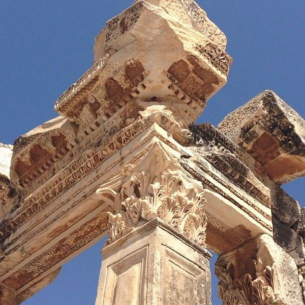 Inspirational architecture on these ancient Greek ruins