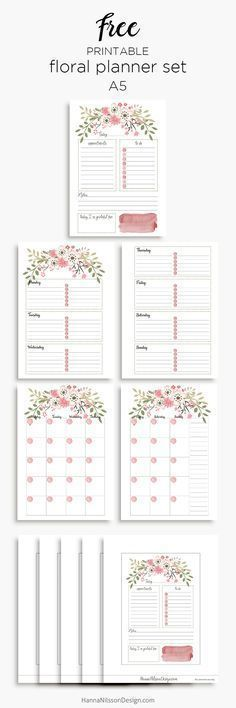 Pink floral planner inserts in A5 and personal size | day on one page | week on two pages | month on two pages | free printables |
