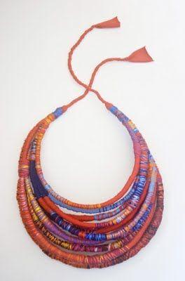 Ooooh I like very much jaja. Kleurtjes en touwtjes is <3 Artelia - Accesorios Textiles de Diseño