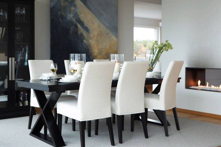 Like the black dining table