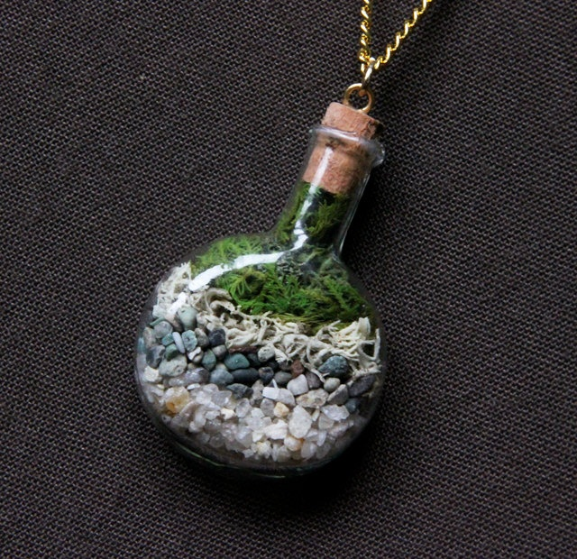 Miniature Terrarium Necklace With Aquamarine Stones Moss Vial