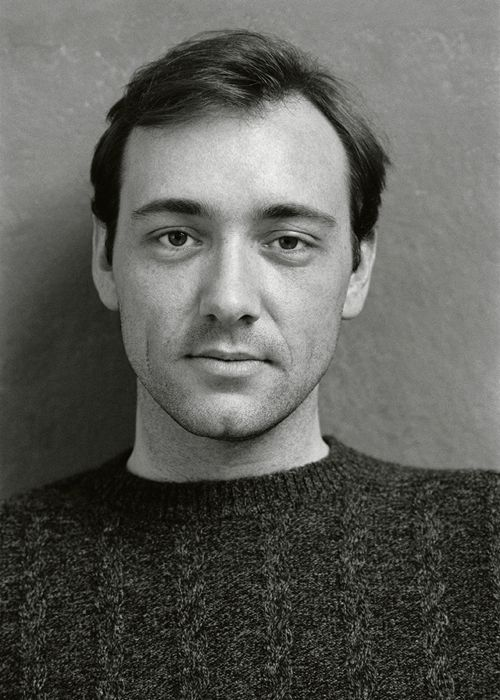 What a smoldering look from a young Kevin Spacey!