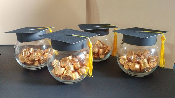 Cardstock Paper Graduation Caps, can be used as decoration for graduation parties. - #cardstock #decoration #graduation #paper #Part