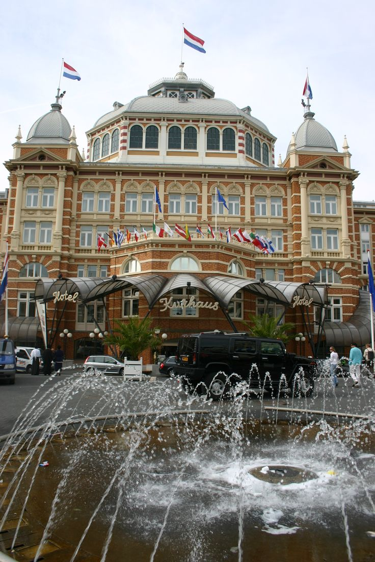 Scheveningen - Sea-side - Kurhaus (Photo by Petka). Try saying that word, if you are not Dutch!