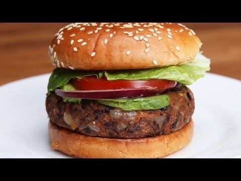 This Is How You Make Black Bean Burgers