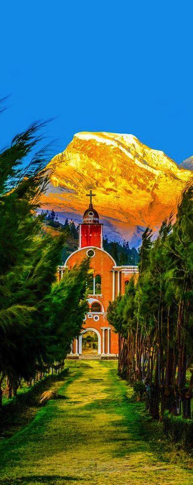 Huascarán National Park,Yungay, Peru (by Chris Taylor)
