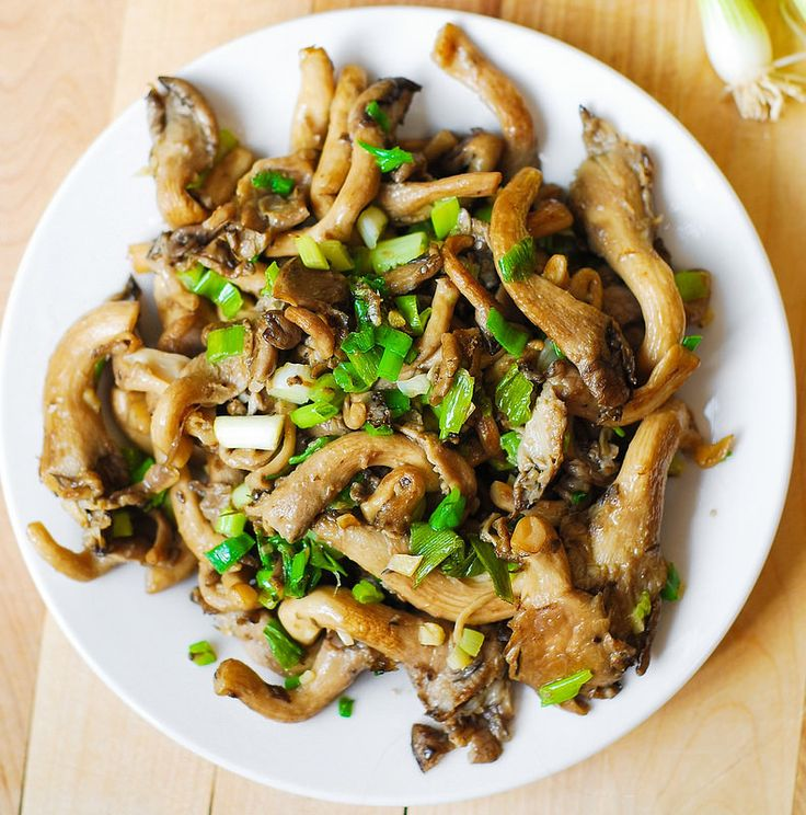 Oyster mushrooms, garlic, and green onions saute  - probably work well with any mushrooms because mushrooms are WIN