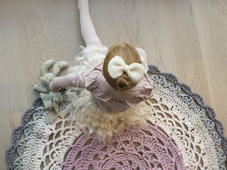 Crochet Blog and Web-Shop, crochet rugs, ZPAGETTI yarn / Hekleblogg og nettbutikk - oppskrifter, mønster, garn, tilbehør