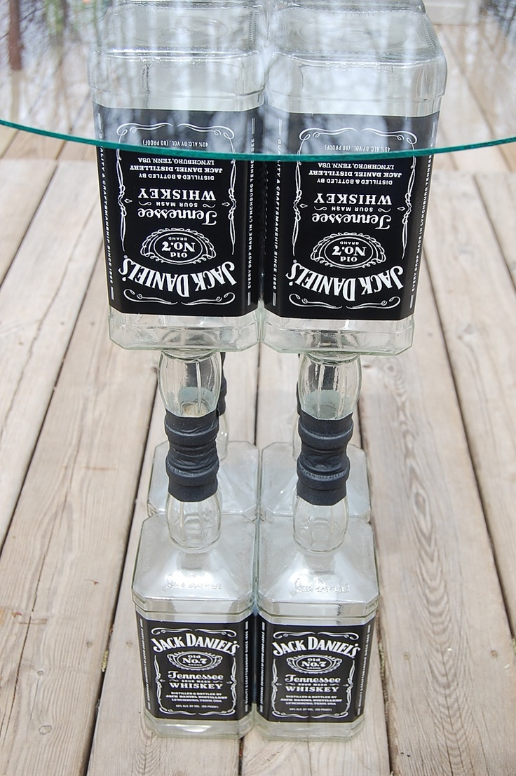 Jack daniels glass top table liquor bottle recycled for Table jack daniels