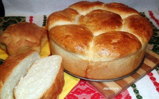 Retete Culinare - Paine de casa cu iaurt