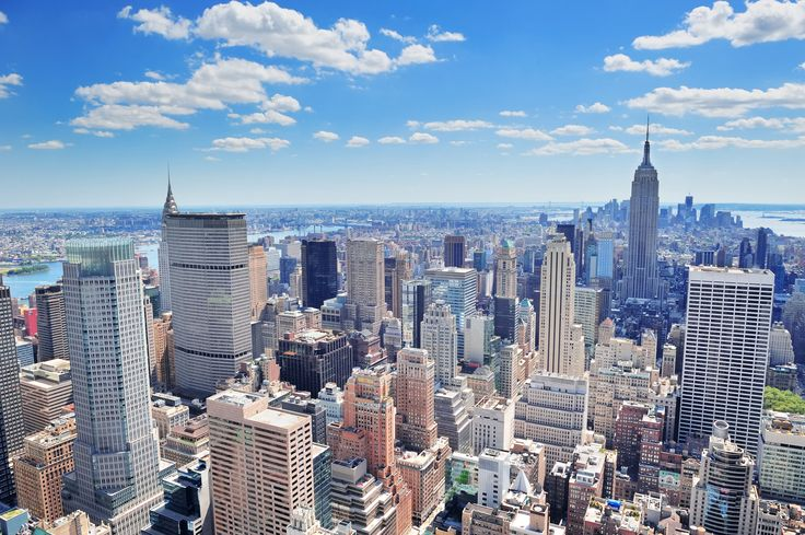 Explore NYC at our Broadway hotel located in the Theater District in New York, New York. Enjoy comfy rooms & modern amenities with views of Manhattan.