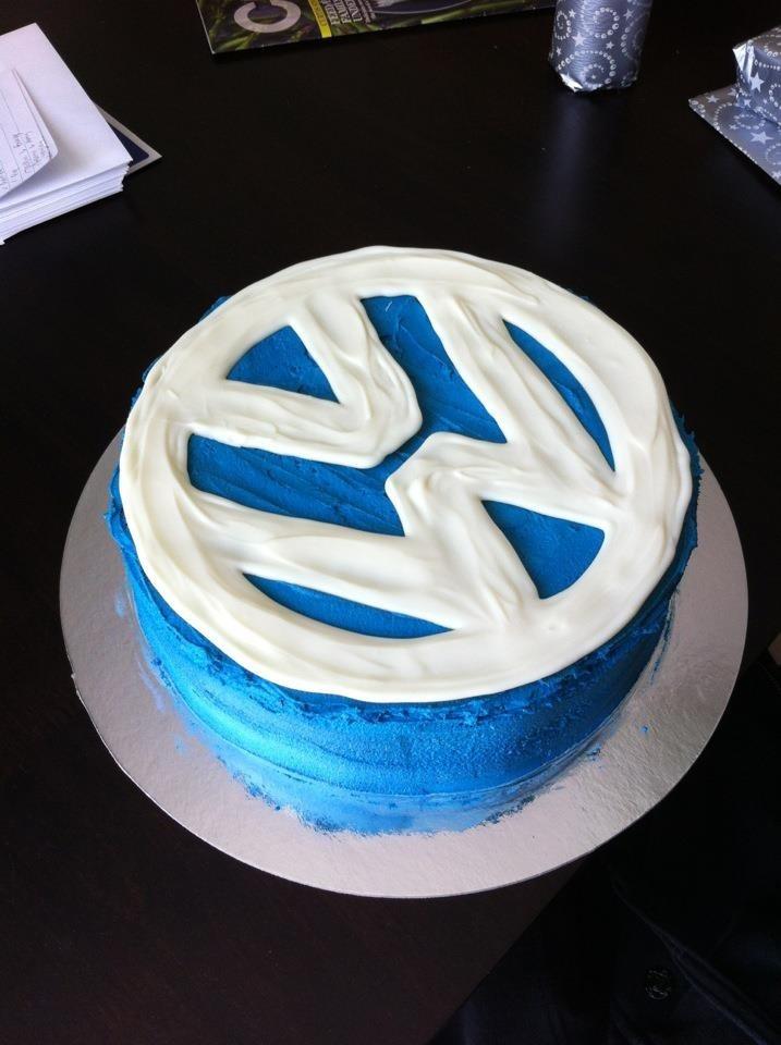 volkswagen birthday cakes