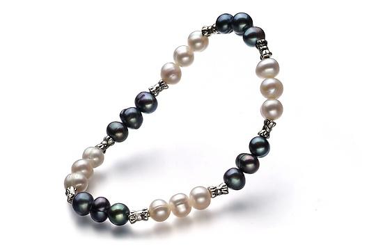 Yin & Yang Armband - Schwarz und Weiß A 6-7mm Süßwasser