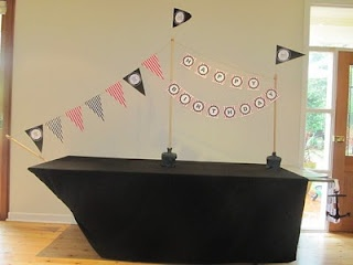 Pirate ship table