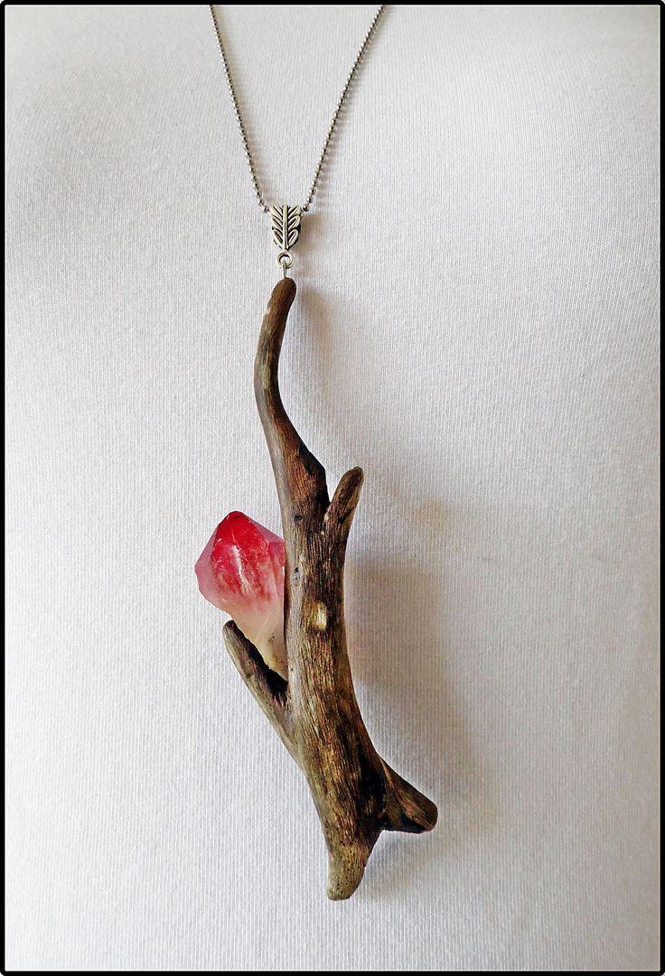 Driftwood necklace with quartz ... www.facebook.com/groups/ergeturkaydin/ www.instagram.com/driftwoodist/