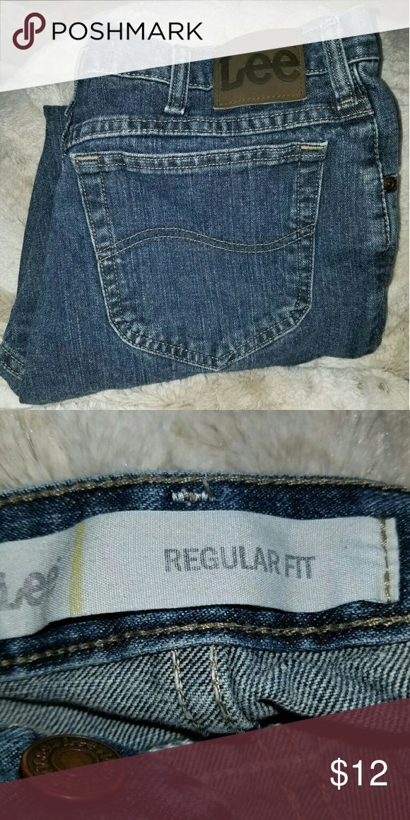Mens/Kids Lee Jeans - Regular Fit - W 36/L 29 Lee Jeans for Men, Kids, or Women.  Regular Fit Style, and in Very Good Condition - only worn a few times. Lee Jeans Straight