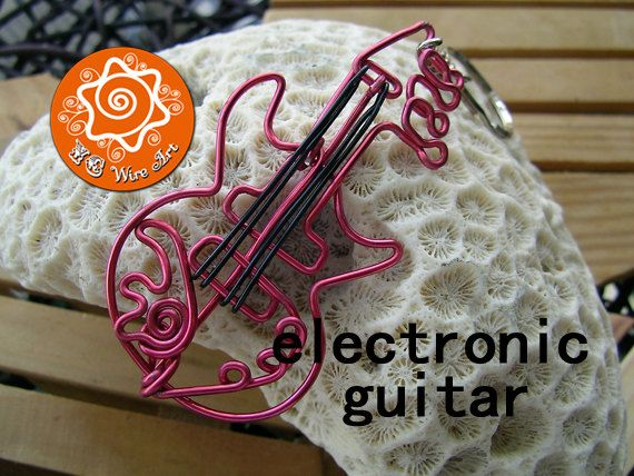 Musical Instrument Wire Bending Ornament Guitar by MapleWoods, 00