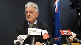 """Ordinary Kiwis could decide to boycott Australia in protest against the treatment of detainees, a party leader in New Zealand has suggested. United Future's Peter Dunne has criticised the Australian government for the """"appalling"""" conditions under which New Zealanders are being held while they wait to be deported. He believes that feeling is widespread and people could decide on direct action."""