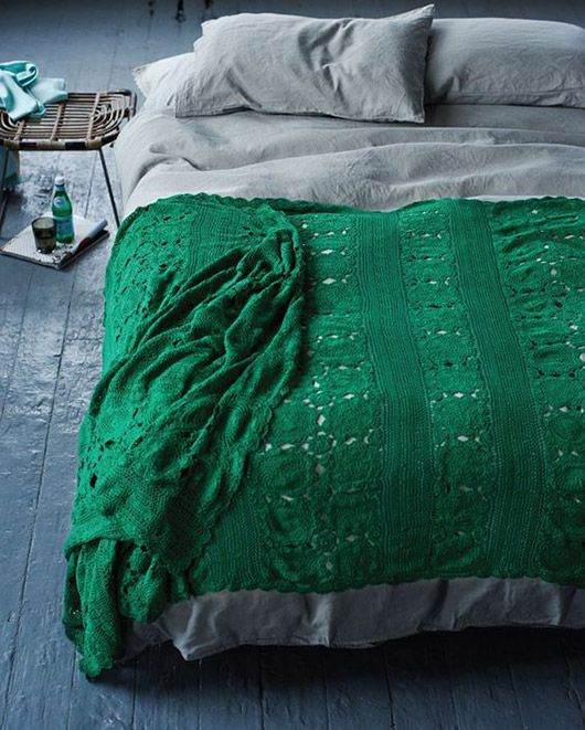 All things green! Click through for more green goodness. emerald green crocheted blanket / sfgirlbybay