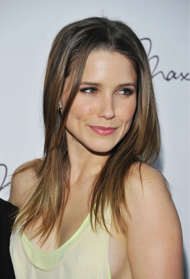 Beautiful Sophia Bush (35 photos) - Sharenator