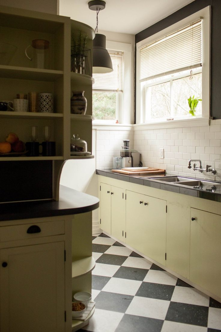 Francesca\'s Cozy & Refined Portland Studio Apartment | Studio ...