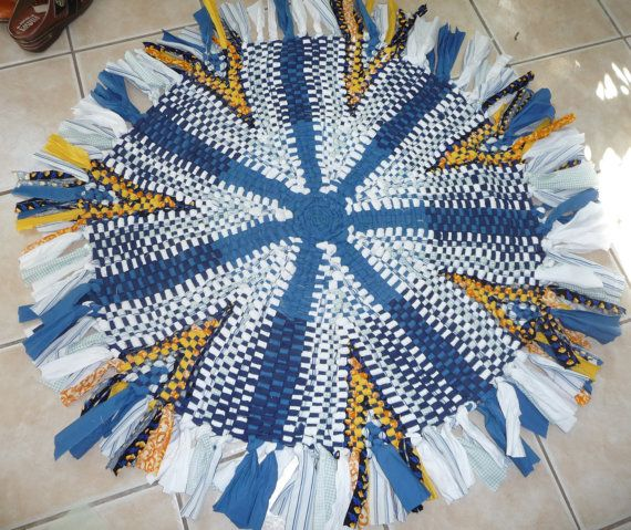 Custom Order Handmade New Cotton Material Rustic Hand Woven Wagon Wheel Round Rug This