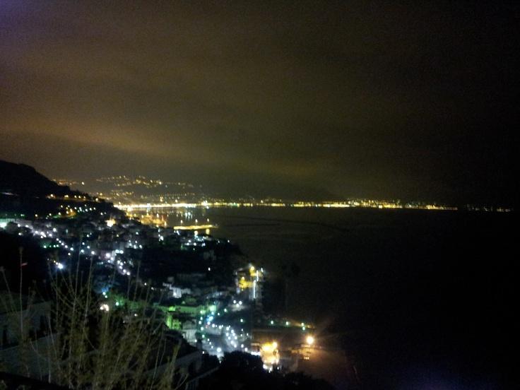 Golfo di Salerno visto da Raito (costiera amalfitana).