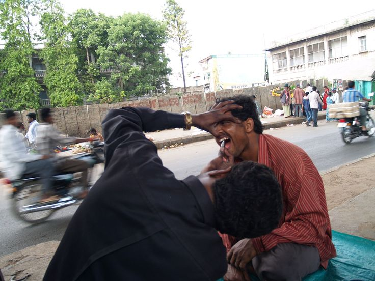 Street Dentist Browsing thru online and found these pictures and thought I should post .. What do you think