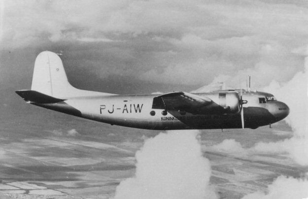 The DC-5 was quite an elegant looking machine. But for WW II it is possible that many hundreds of them would have been plying the worlds air lanes.