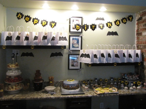 Great inexpensive way to do treat bags: Batman Girl Party, Batgirl Inspired, Bday, 6Th, Bat Girl Birthday Party, Sarah S Batgirl, Batgirl Birthday Party Ideas, Batgirl Party, Kid