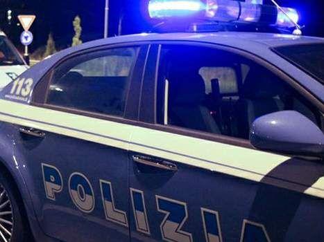 LA POLIZIA DI STATO HA TRATTO IN ARRESTO UN CORRIERE DI DROGA. - http://www.sostenitori.info/la-polizia-tratto-arresto-un-corriere-droga/226049
