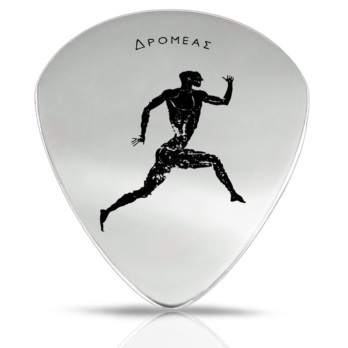 Our unique collection of accessories includes a guitar pick with an engraved depiction of a runner, inspired by the stadion race, which was an ancient running event at the Olympic Games. The guitar is crafted by hand and is made of silver 925°.